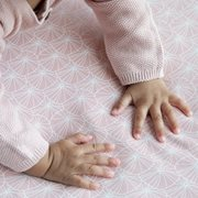 Picture of Fitted cot sheet Lily Leaves Pink