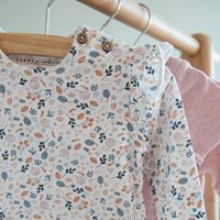 Afbeelding van T-Shirt 68 all-over print lange mouw - Spring Flowers
