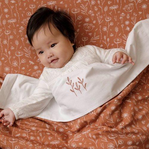 Drap de lit bébé Wild Flowers Rust brodé