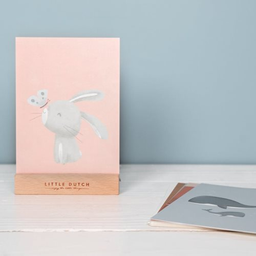 Kartensammlung mit Holzkartenhalter